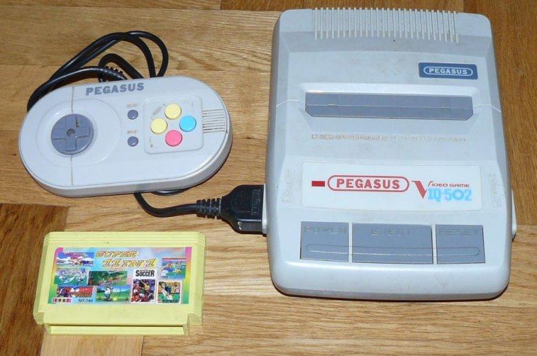 Pegasus kiedyś królował w polskich domach. Tak naprawdę to klon japońskiej konsoli NES.