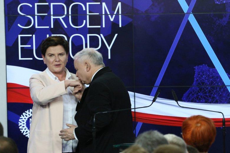 Wieczór wyborczy w siedzibie PiS przy Nowogrodzkiej.