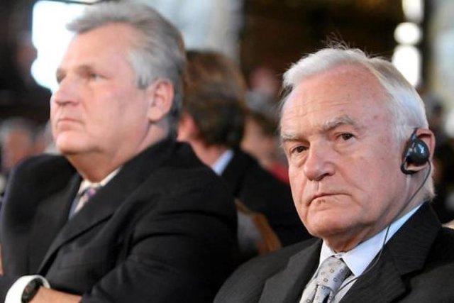 Aleksander Kwaśniewski i Leszek Miller też zostali nagrani. Nowe fakty w aferze taśmowej