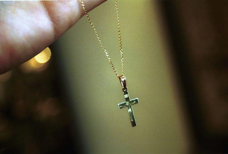 W Quebecu w Kanadzie wprowadzono częściowy zakaz noszenia symboli religijnych.