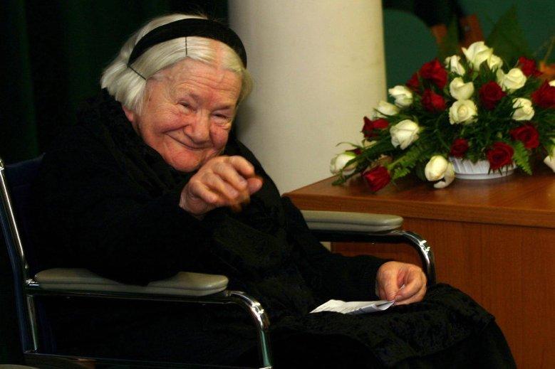 Irena Sendlerowa miała zostać patronką szkoły w Izdebniku. Po wpisie na Facebooku ks. Mariana Piwko, zaczęli protestować mieszkańcy