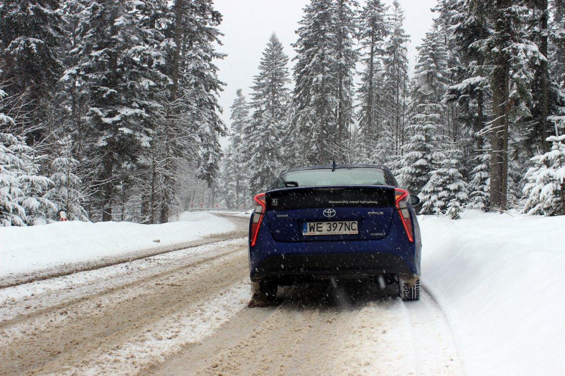 Toyota Prius w swoim niekoniecznie naturalnym środowisku radzi sobie bez zarzutu