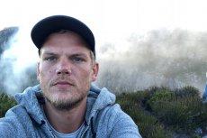 28-letni Tim Berling został znaleziony martwy w Omanie. DJ popełnił samobójstwo. Podciął żyły szkłem z rozbitej butelki.