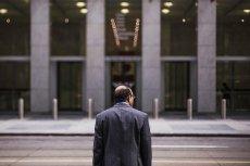 Urzędnikowi przez 6 lat udawało się nie przychodzić do pracy i dostawać pensję.