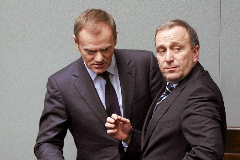 """Już się umówili, jak będzie? Grzegorz Schetyna potwierdza, iż Donald Tusk jest """"naturalnym kandydatem"""" opozycji w kolejnych wyborach prezydenckich."""