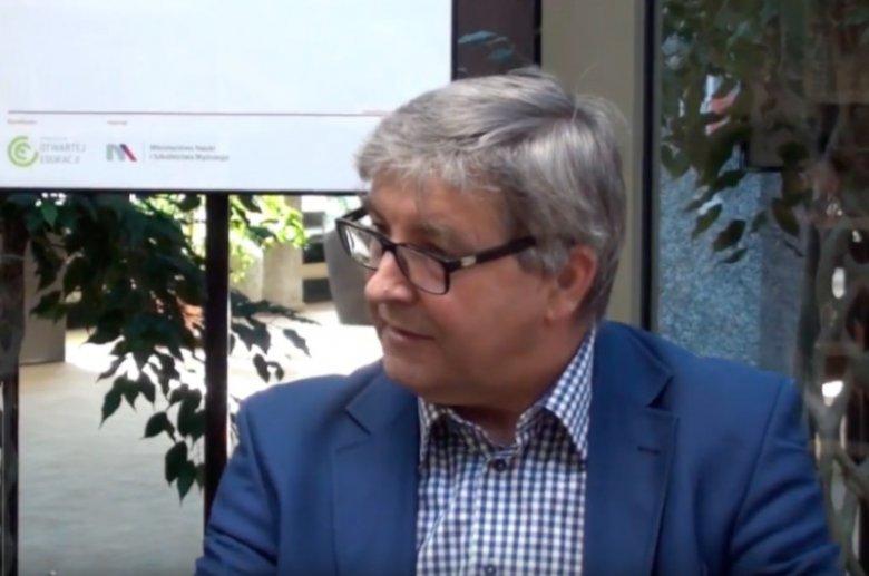 prof. dr hab. Rajmund Przybylak, polski geograf i klimatolog, specjalista w zakresie klimatu Arktyki i Polski.