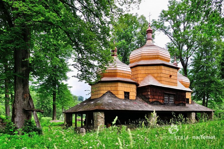 Remontowana cerkiew w Piątkowej