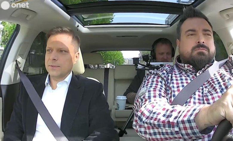 """Marek Sekielski (z lewej) jest producentem filmu """"Tylko nie mów nikomu""""."""