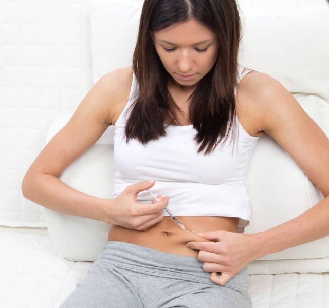 Chorzy na cukrzycę muszą dostarczać do organizmu odpowiednie dawki insuliny