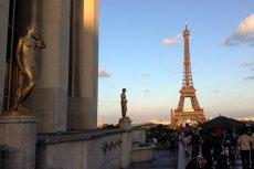 W Paryżu policja zastrzeliła nożownika, który wcześniej zabił jedną osobę, a dwie inne ciężko ranił.