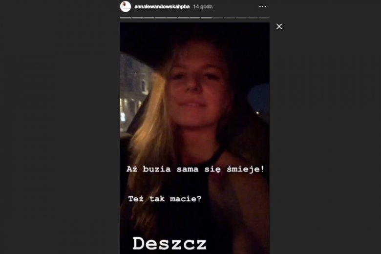 Anna Lewandowska prowadziąc samochód nagrywała film.