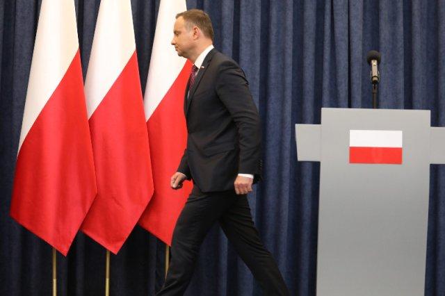 Czy prezydent Andrzej Duda i jego środowisko stają się opozycją wobec PiS?
