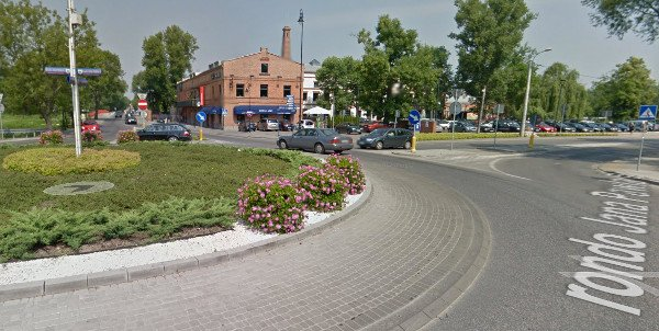 To tu przecinają się najważniejsze ulice w Konstancinie - Jeziornie.