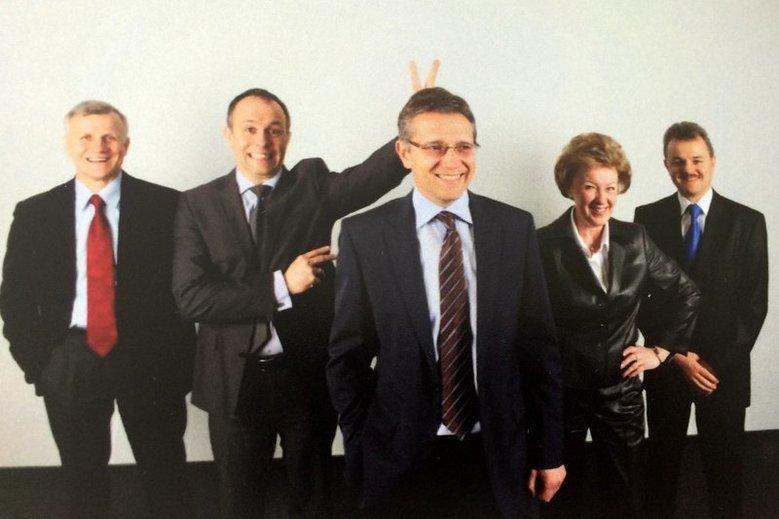 Założyciele największej sieci aptek w Polsce. Jacek Szwajcowski i Zbigniew Molenda  to ci najbardziej uśmiechnięci.