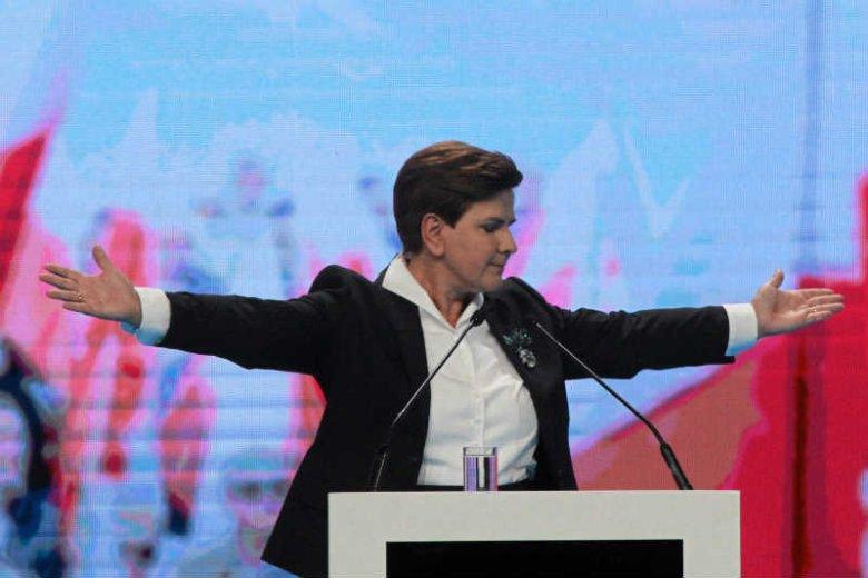 Przez trwającą dekadę karierę w ogólnopolskiej polityce Beata Szydło zaliczyła sporo wpadek.