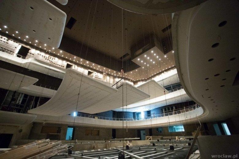 Główna sala koncertowa Narodowego Forum Muzyki na 1800 miejsc.