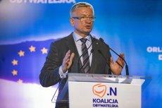 Jacek Jaśkowiak zmierzy się  w prawyborach z Małgorzatą Kidawą-Błońską. Jednak na wizerunku kandydata na prezydenta widnieje duża rysa.