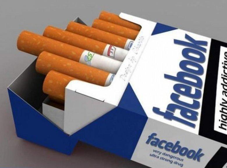Jak dla mnie facebookowy nałóg jest silniejszy od tego nikotynowego.