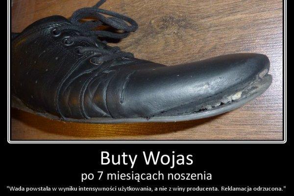 Kupił buty za 300 zł i jest rozczarowany, że zbyt szybko się zniszczyły