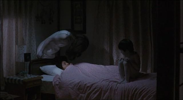 Ciekawe co byśmy widzieli w czasie paraliżu bez oglądania horrorów?