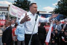 Molestowanie seksualne młodzieży miało miejsce na wiecach Andrzeja Dudy w Białymstoku i Krakowie.