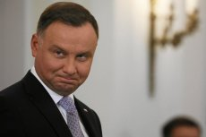 Andrzej Duda wygrałby z kandydatami opozycji w wyborach prezydenckich.
