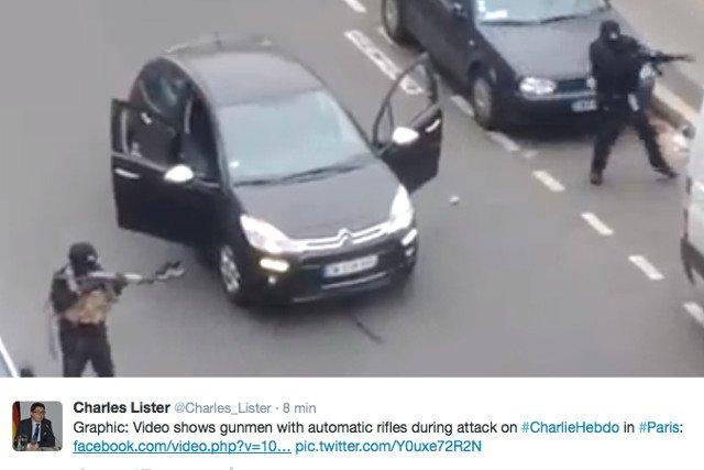 """Tak wyglądają terroryści, którzy zaatakowali redakcję """"Charlie Hebdo"""""""