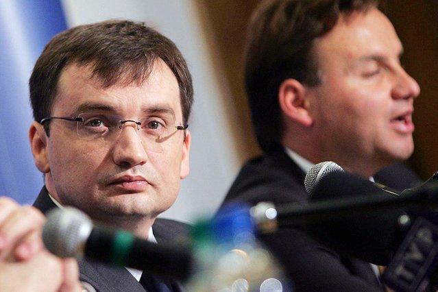 Prokurator generalny i minister sprawiedliwości Zbigniew Ziobro oraz prezydent Andrzej Duda.