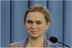 Barbara Nowacka krytykuje środowiska narodowe.