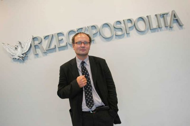 """W 2006 roku PawełLisicki zaczął swoje rządy w """"Rzepie"""" od zwolnienia kilkudziesięciu dziennikarzy. W 2013 roku sąd uznał, że miało to zabezpieczyć polityczne interesy PiS."""