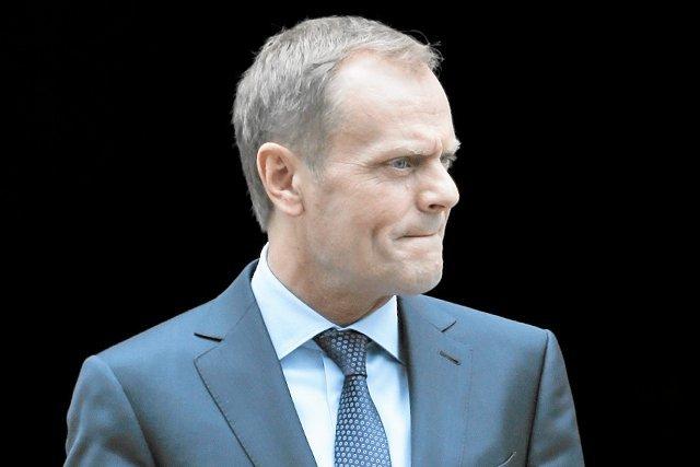 Rząd Donalda Tuska nie zdecydował jeszcze, który wariant przebudowy OFE poprze