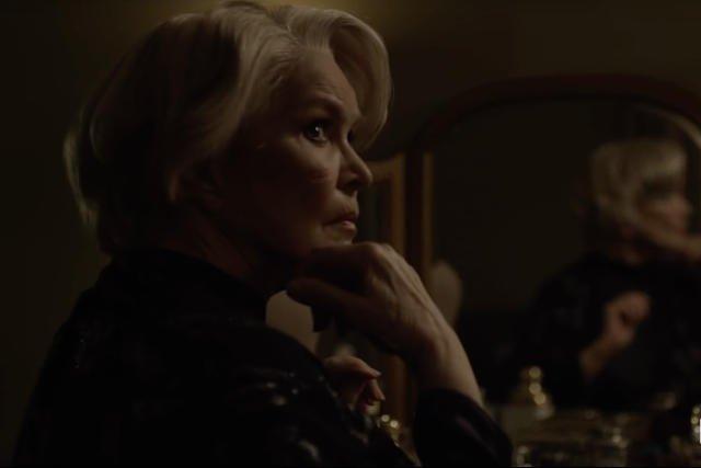 Matka Claire wpłynie na jej postępowanie?