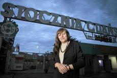 """Ewa Hołuszko, znana działaczka podziemnej """"Solidarności"""". 11 listopada narodowcy zniszczyli jej 32-letni samochód."""