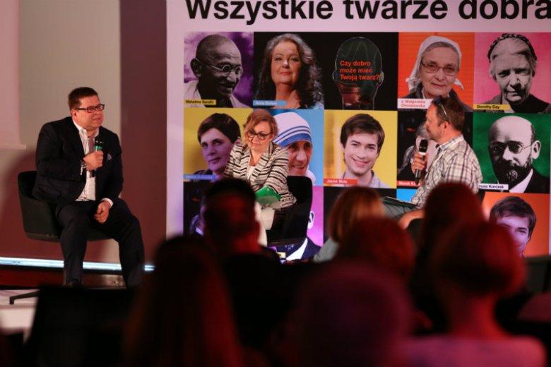 """Mariola Wołoszyn, psycholog, Collegium Civitas, w środku. Po prawej – Jan Stradowski z miesięcznika """"Focus"""""""