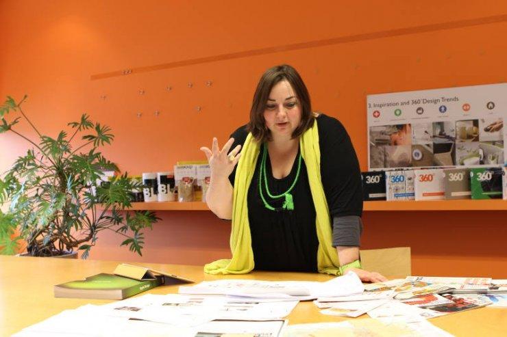 Zuzanna Skalska podczas pracy