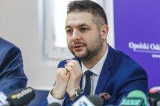 Patryk Jaki zaatakował Rafała Trzaskowskiego.
