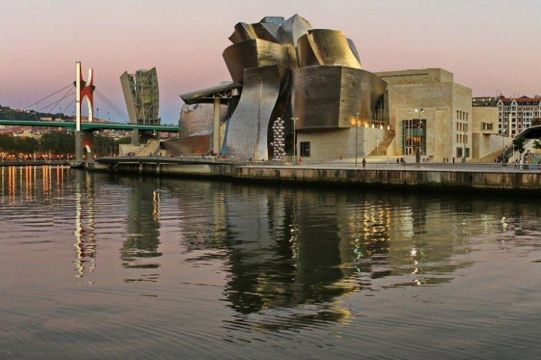 Hiszpańskie Bilbao to, wg Airbnb, jedno z miejsc, które będzie w 2018 chętnie odwiedzane przez turystów.