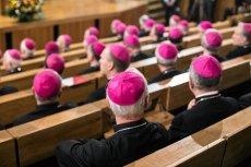 Biskupi chcą ograniczenia sprzedaży alkoholu, podwyżki jego cen oraz podwyższenia wieku, od którego można go kupić.