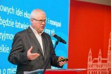 Profesor Jerzy Hausner mówi o drugiej fali kryzysu gospodarczego.