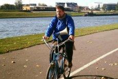 Rafał Trzaskowski dokonał samolustracji. Oświadczył, że jadł jarmuż, a także jeździ na rowerze. Wyznaje też gorsze grzechy.