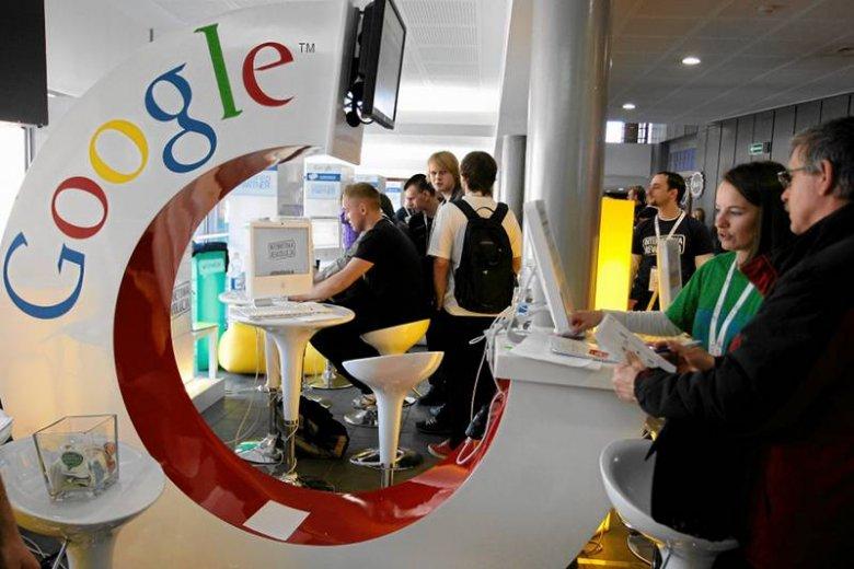 Google ma coraz więcej użytkowników, rośnie też liczba informacji, które od nich zdobywa