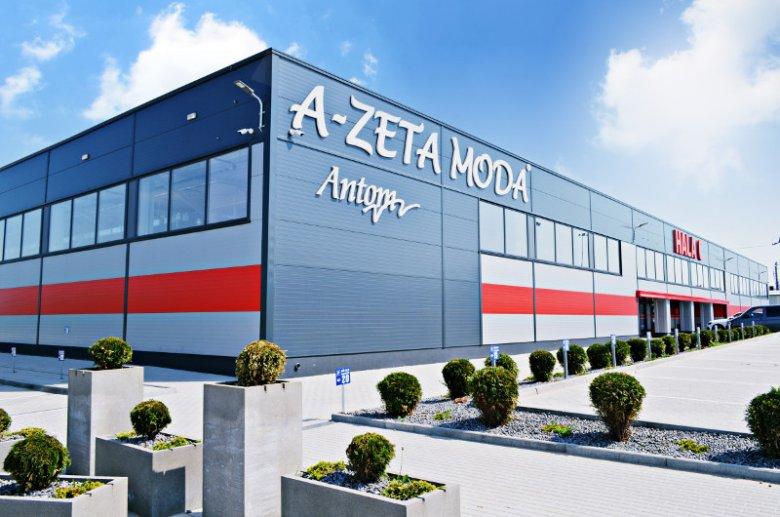 Hala handlowa wybudowana na zlecenie firmy MEDAX przez przedsiębiorstwo Ocmer. Jak dotąd firma zrealizowała kilkaset obiektów o łącznej powierzchni przekraczającej 1 000 000 m2