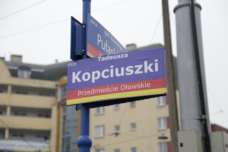 Smog zmienia wrocławskie ulice - w mieście pojawiły się rzeka Odma, Wyspa Smogowa czy ulica Kopciuszki.