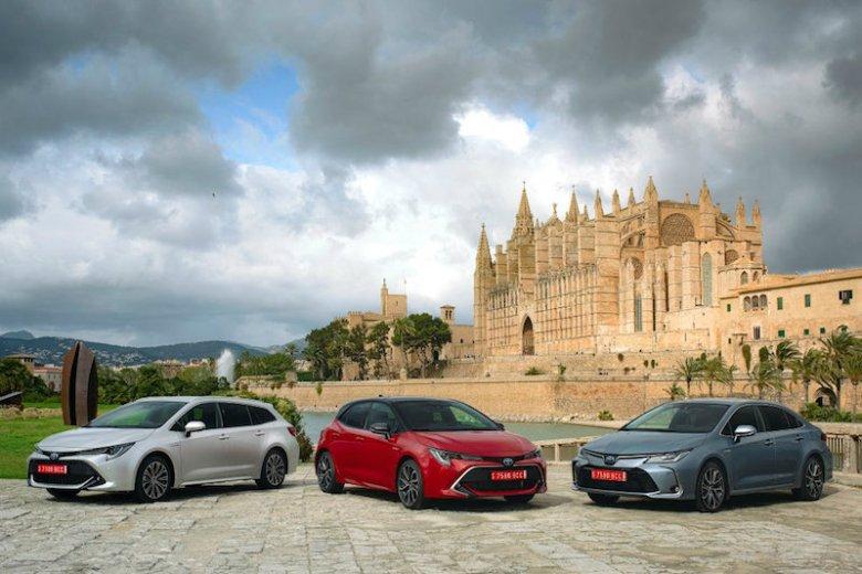 Nowa rodzina: od lewej kombi, hatchback i sedan