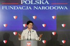 To była premier w 2016 roku z dumą ogłosiła, że powstaje Polska Fundacja Narodowa, która ma promować nasz kraj poza granicami.