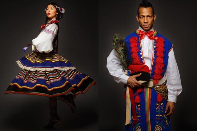 Japonka Nutsuko w stroju lubelskim oraz Thesus z Puerto Rico w krakowskim.