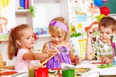 Przedszkola kusza rodziców bogatą ofertą zajęć.