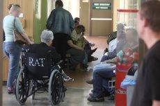 Po śmieci 39-latka po wielu godzinach oczekiwania na pomoc na SOR-ze szpitala w Sosnowcu i po historii zwijającej się z bólu kobiety w Dąbrowie Górniczej przybywa opowieści – jak wygląda los pacjenta na SOR-ze.