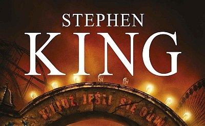 "Fragment okładki ""Joylandu"" Stephena Kinga"