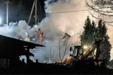 """Pracownicy firmy budowlanej przed wybuchem gazu w Szczyrku wiedzieli, że uszkodzili gazociąg. Takie informacje podaje """"Fakt""""."""